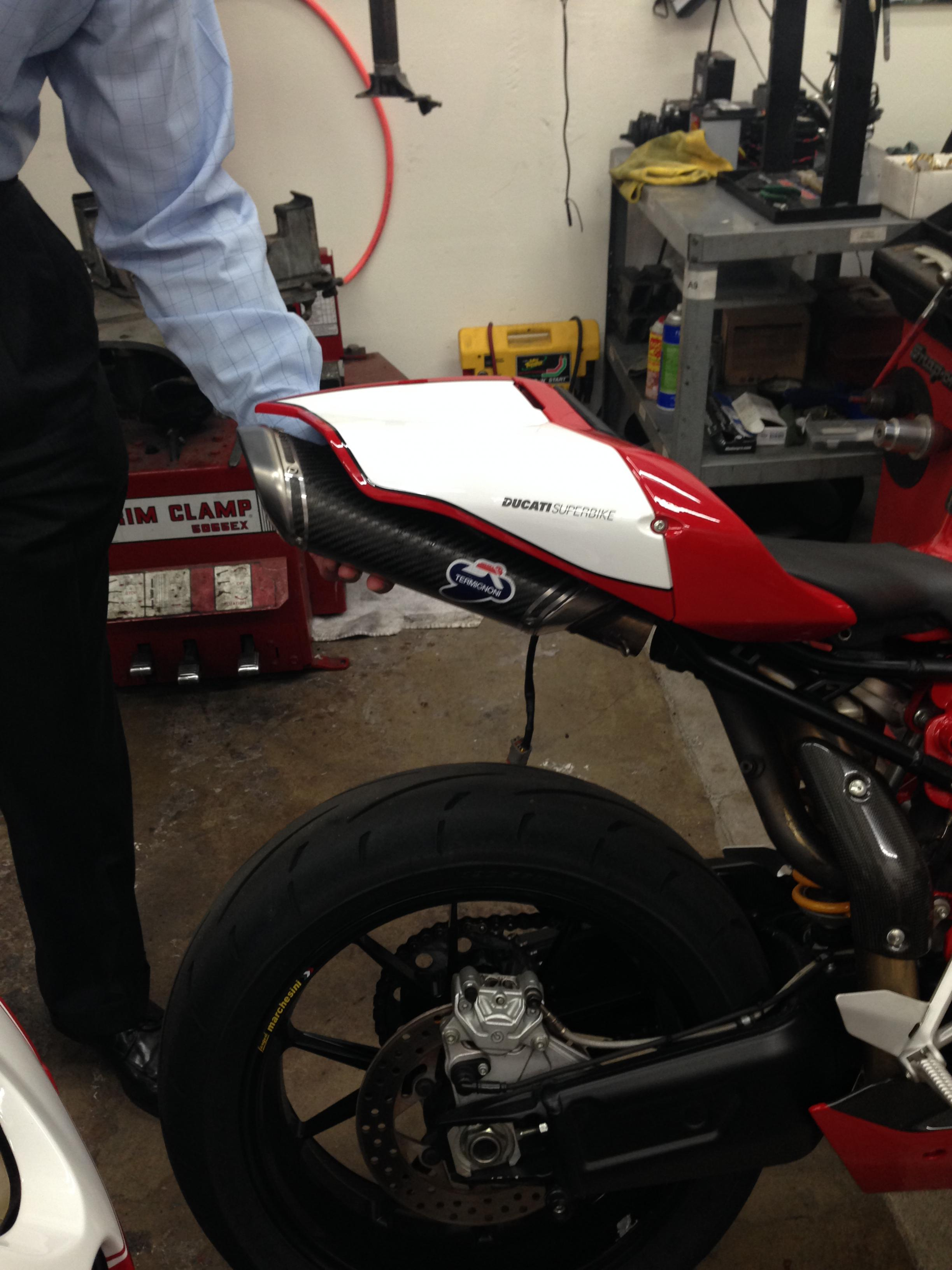 999r with a termignoni 848 slip on exhaust - ducati.ms - the