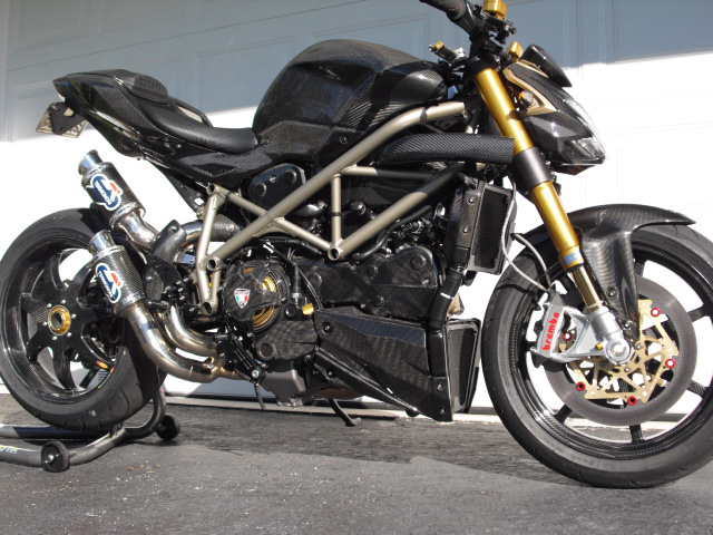 Ducati Streetfighter  Forum Uk
