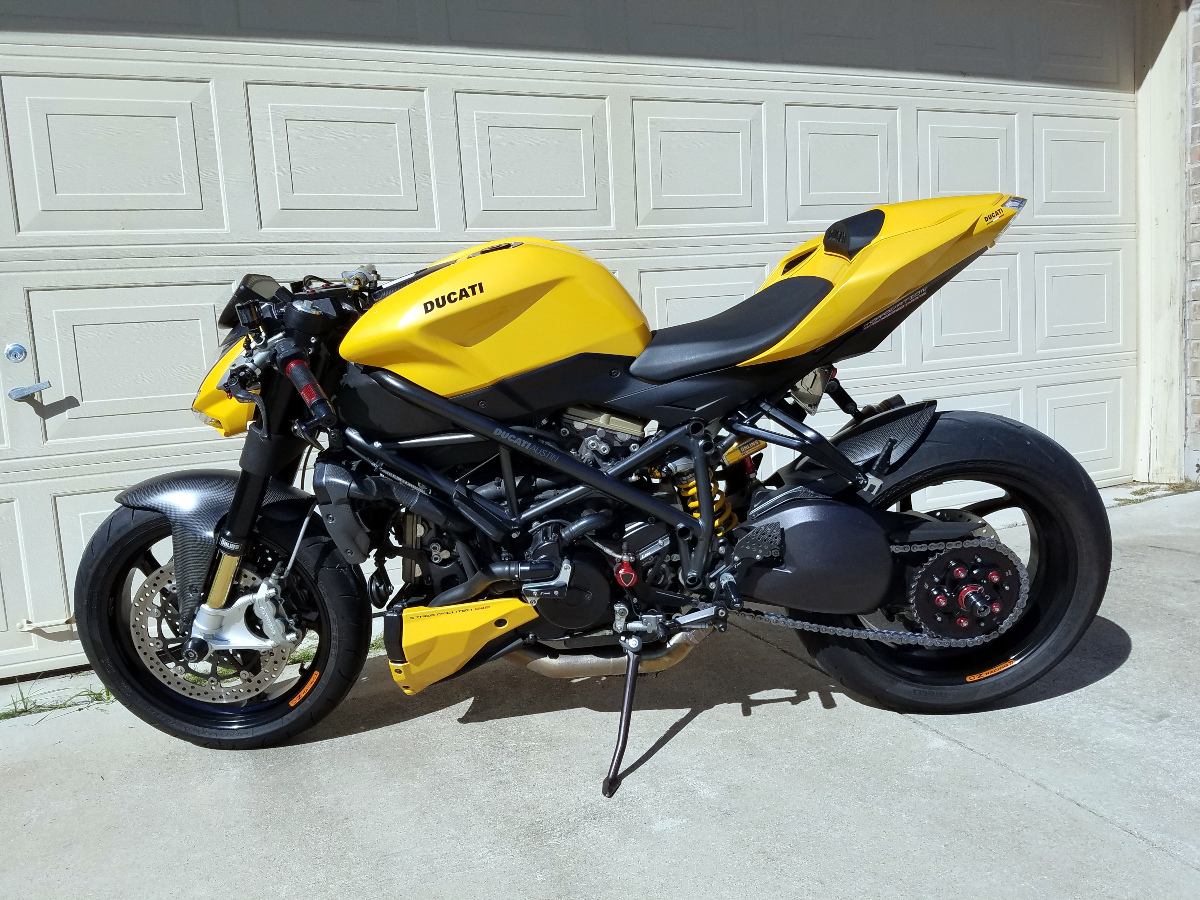 the ultimate ducati forum sf 848 front rear hlins clipons rizoma sc project. Black Bedroom Furniture Sets. Home Design Ideas