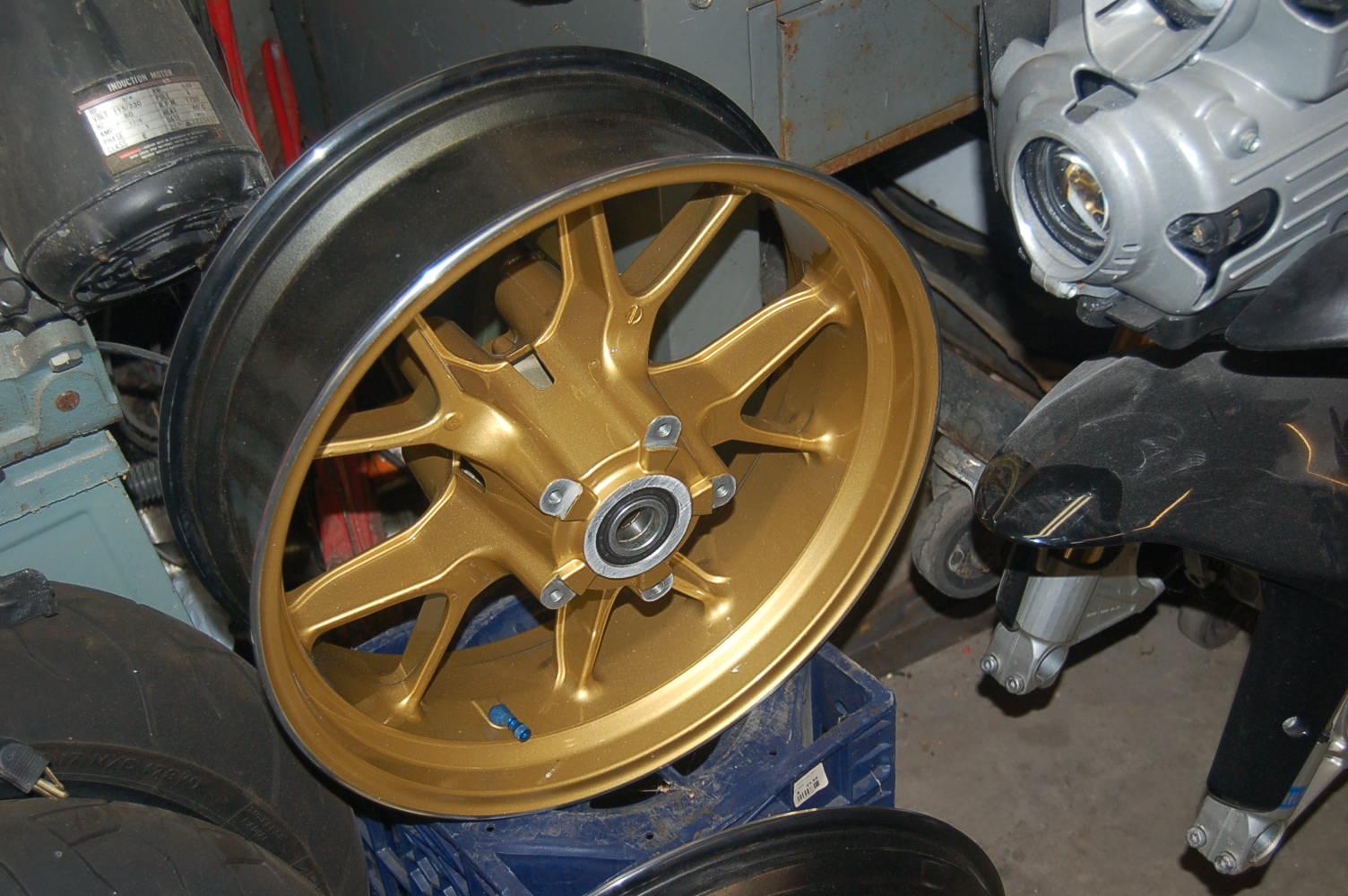 749R powdercoating wheels gold - Ducati.ms - The Ultimate ...