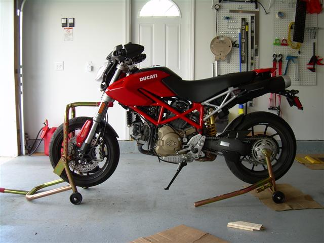 front paddock stand, what are you using? - ducati.ms - the