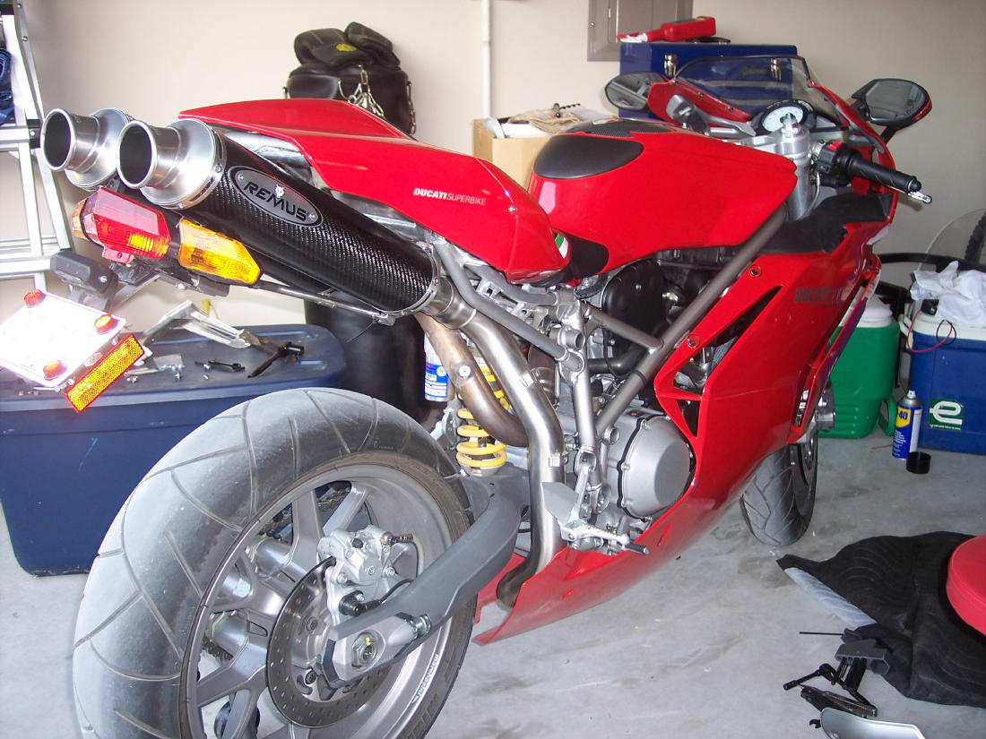 my new exhaust- video link inside - ducati.ms - the ultimate
