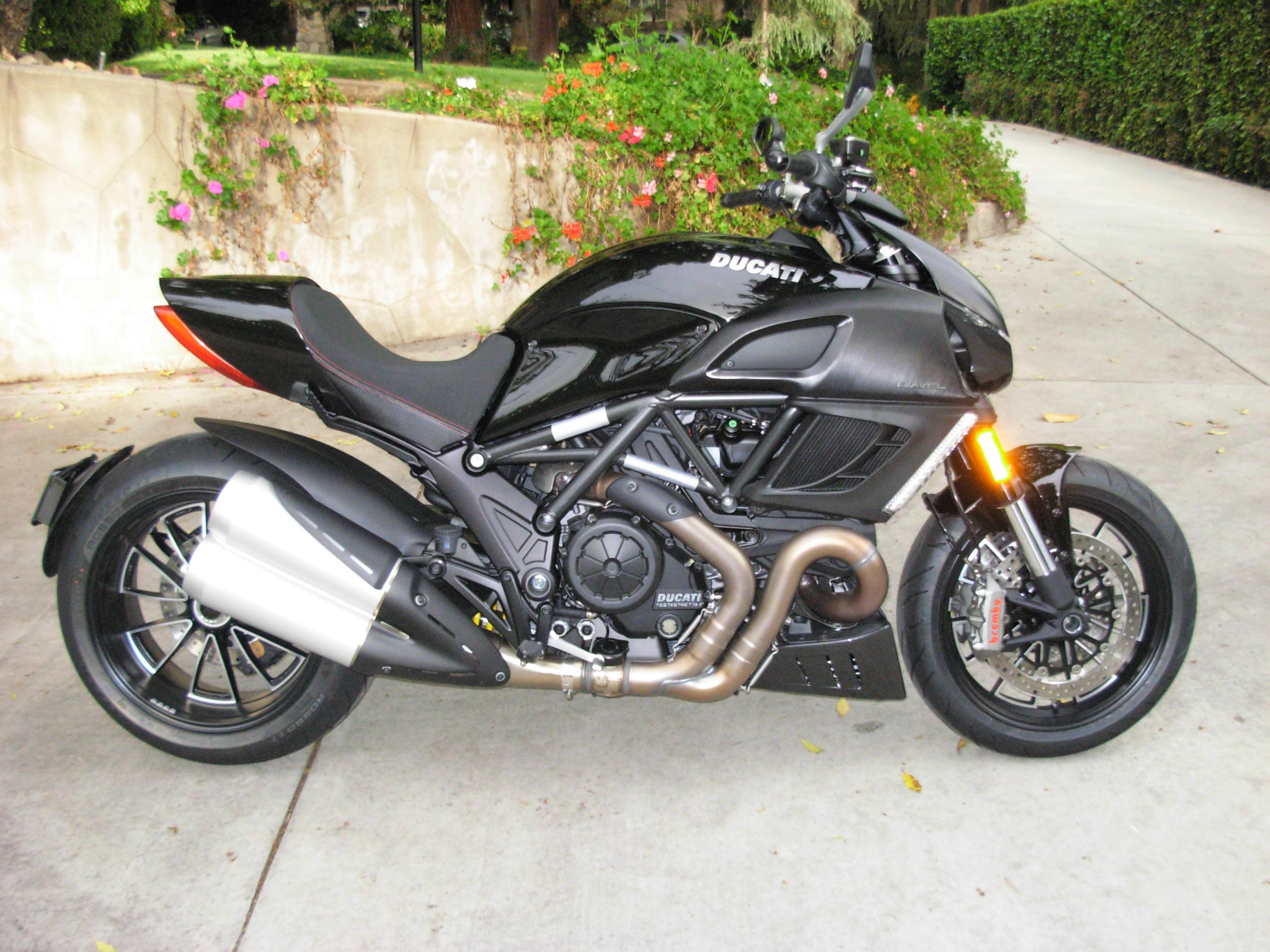 Diavel Picture Thread!-ducati-042411-001.jpg