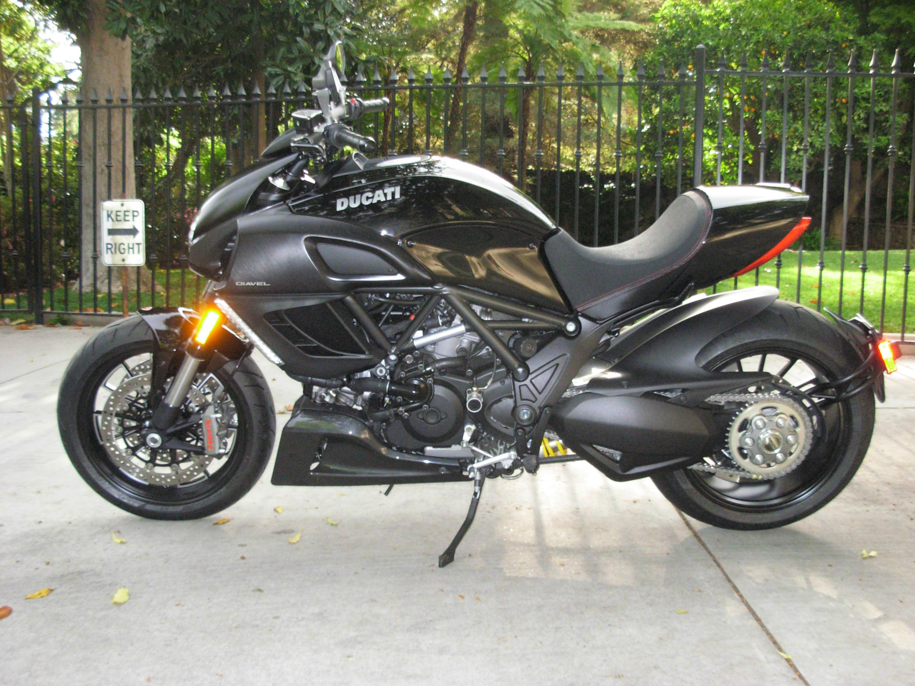 Diavel Picture Thread!-ducati-042411-005.jpg
