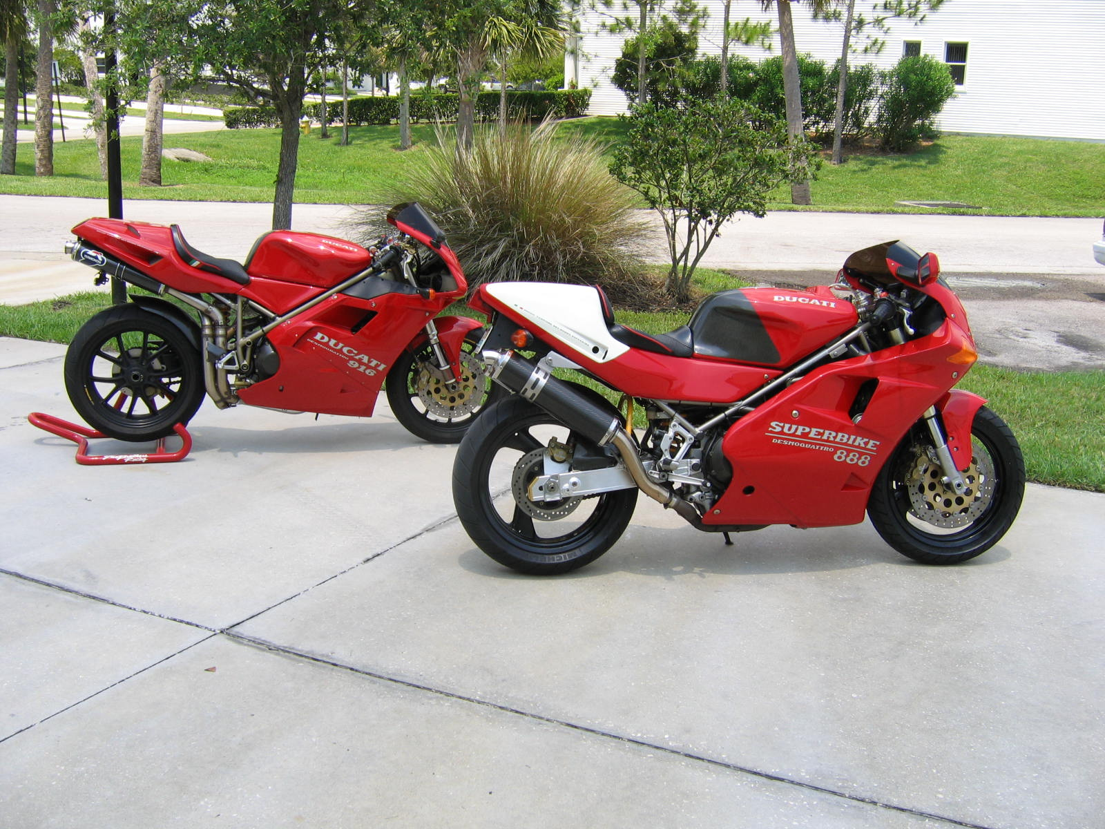 851/888 pics and chat. - ducati.ms - the ultimate ducati forum
