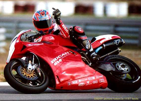 85518d1298851275-best-ducati-pic-ever-anyone-have-hq-foggy-finger.jpg