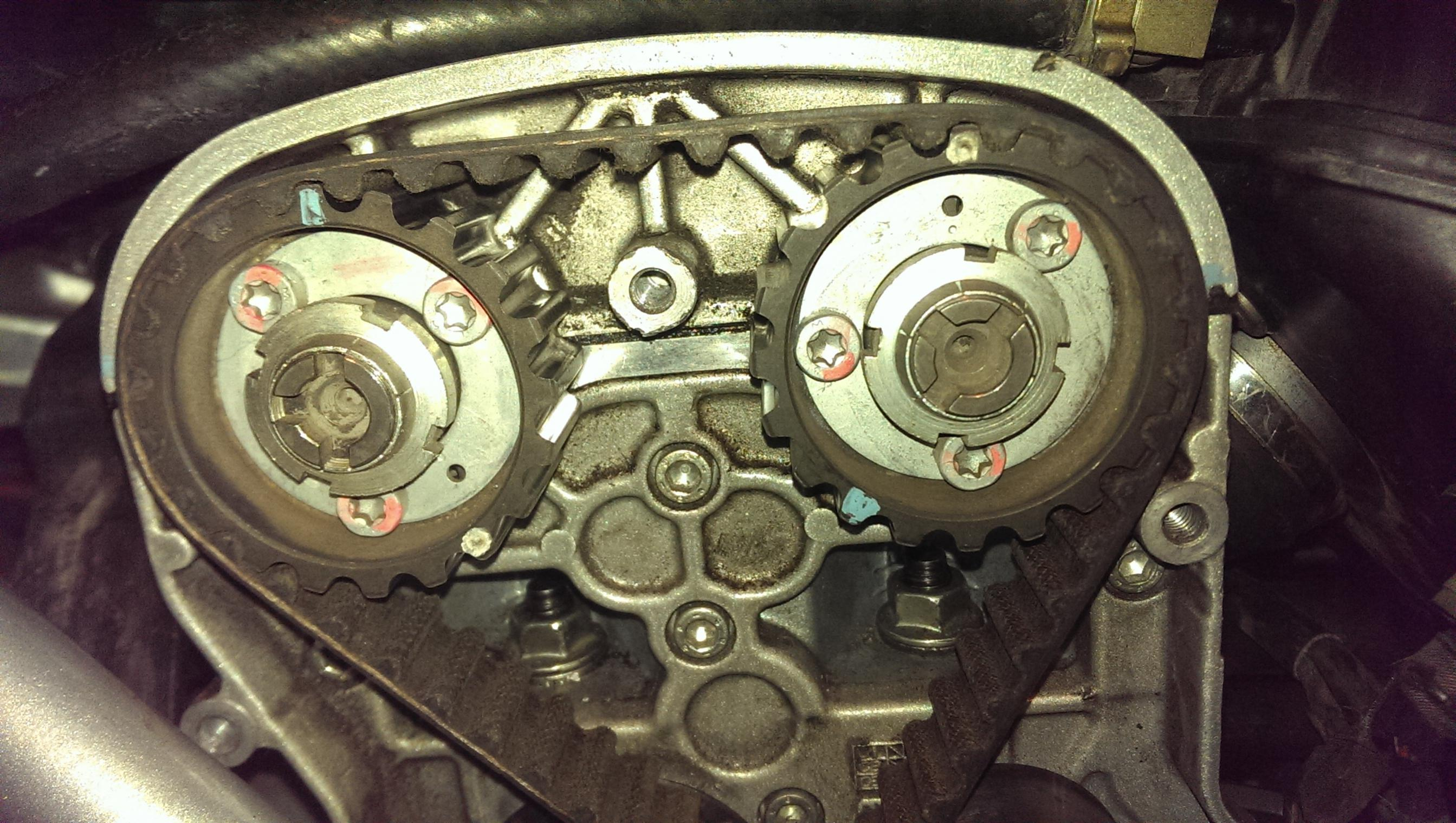 749 how to set the timing belt and valve? need assistance