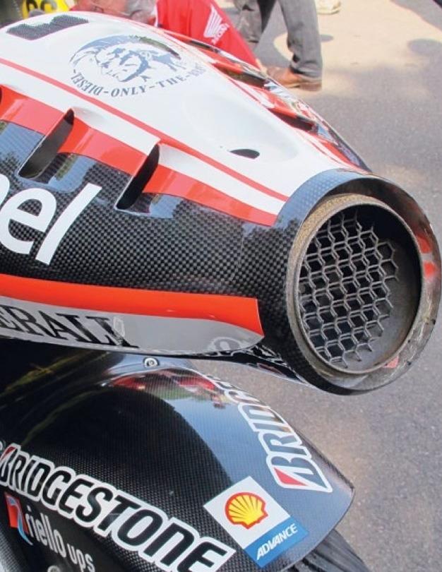 moto gp exhaust