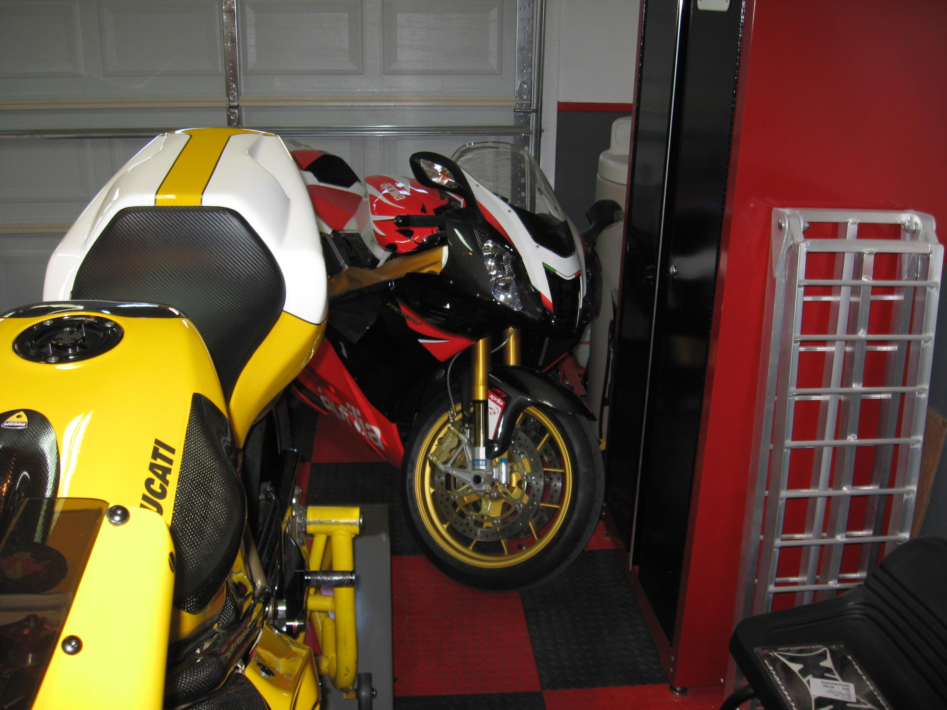 Post a pic of your other bikes in the stable-img_1038.jpg
