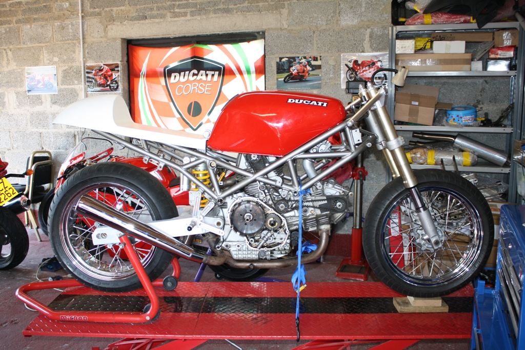 Cafe Racer Ducati St