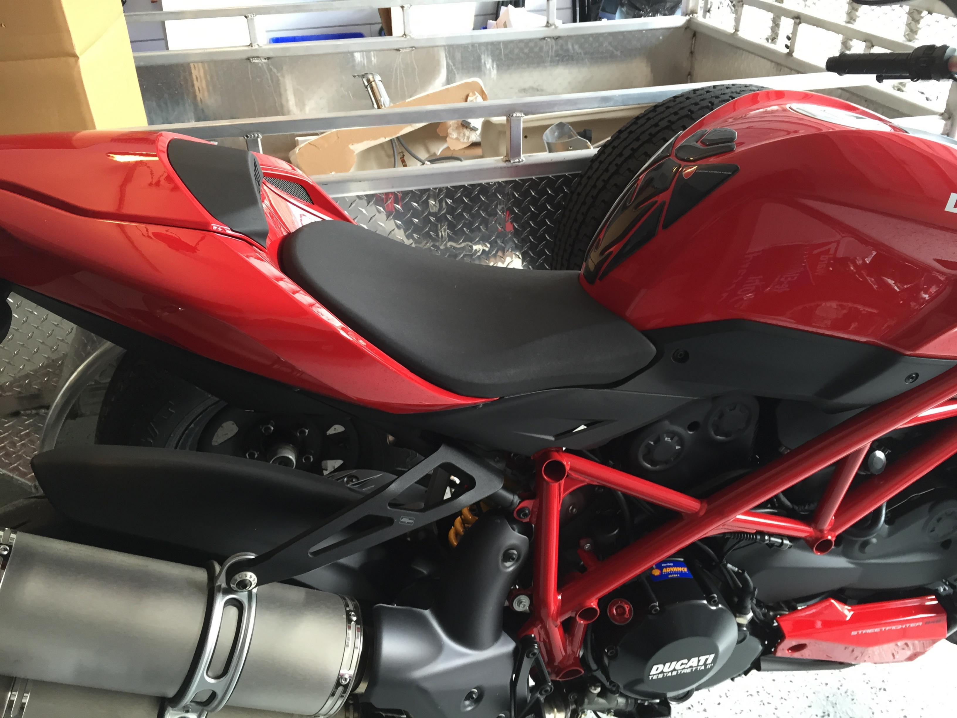 ducati performance comfort seat. before and after pics! - ducati