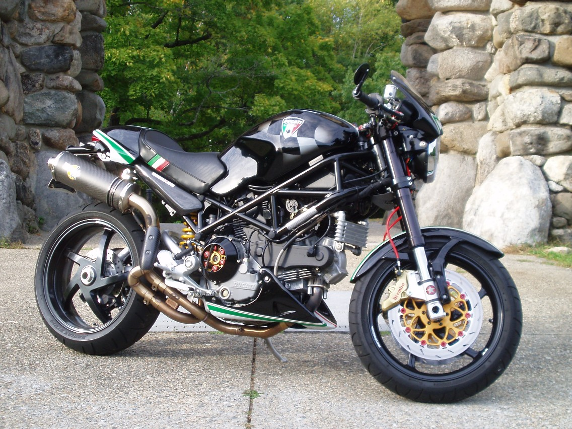 S2R 1000 - GSXR 1000 Front End Swap - Ducati ms - The Ultimate