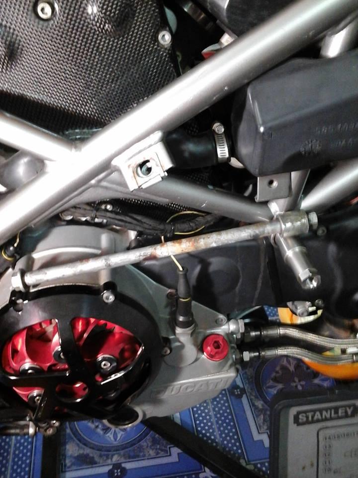 T-Rex Ducati 999 no-cut frame sliders - Ducati.ms - The Ultimate ...