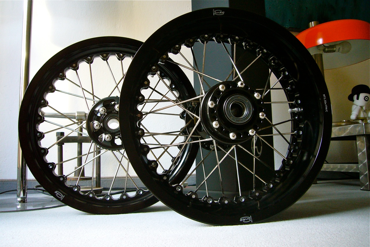 new wire spoked wheelskineo - page 5 - ducati.ms - the