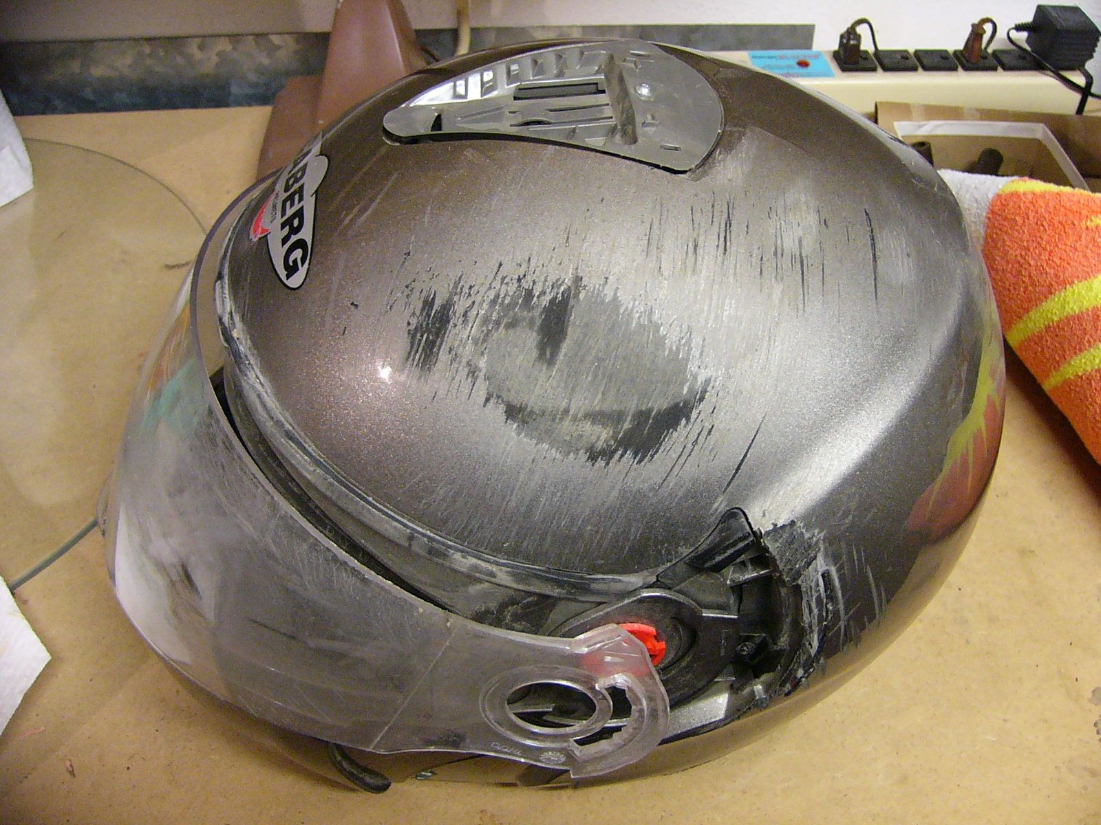Gear Crash Test Caberg Justissimo Helmet Ducati Ms