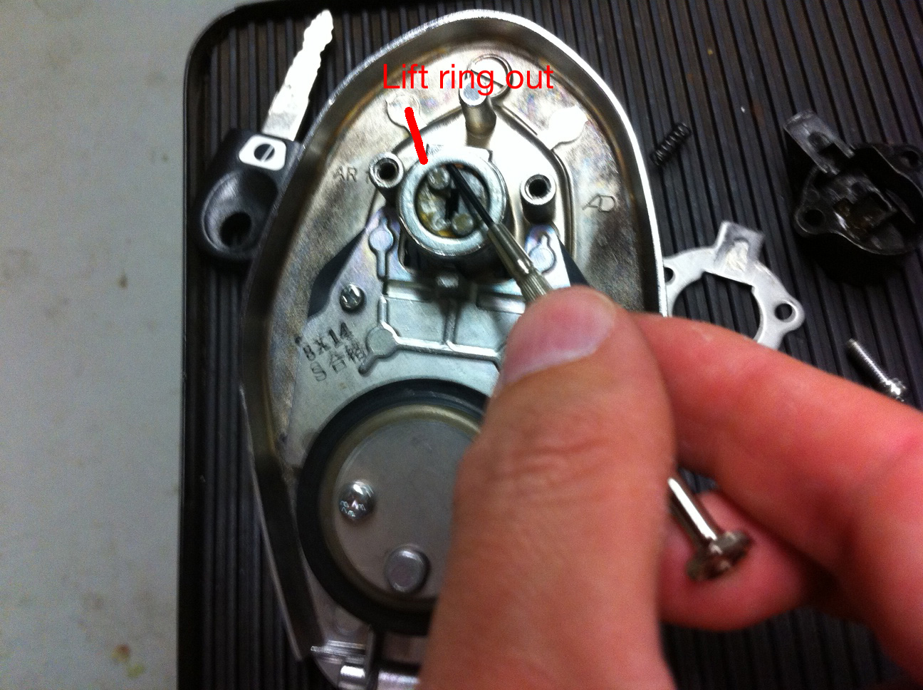 Gas Cap Lock Cylinder Removal - Ducati ms - The Ultimate Ducati Forum