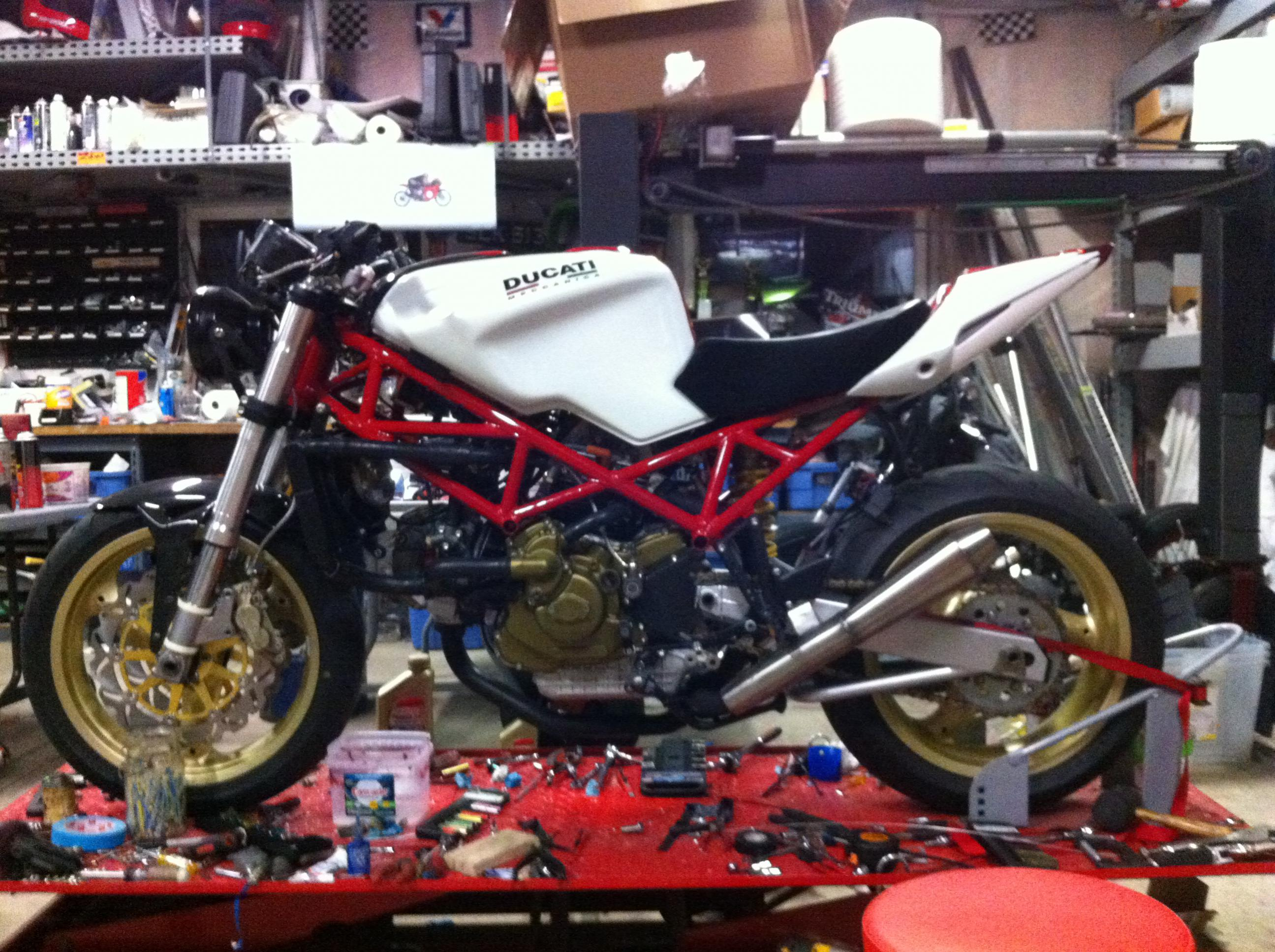 St2 streetfighter done ducati the ultimate ducati forum click image for larger version name photo 10g views 2742 size fandeluxe Image collections