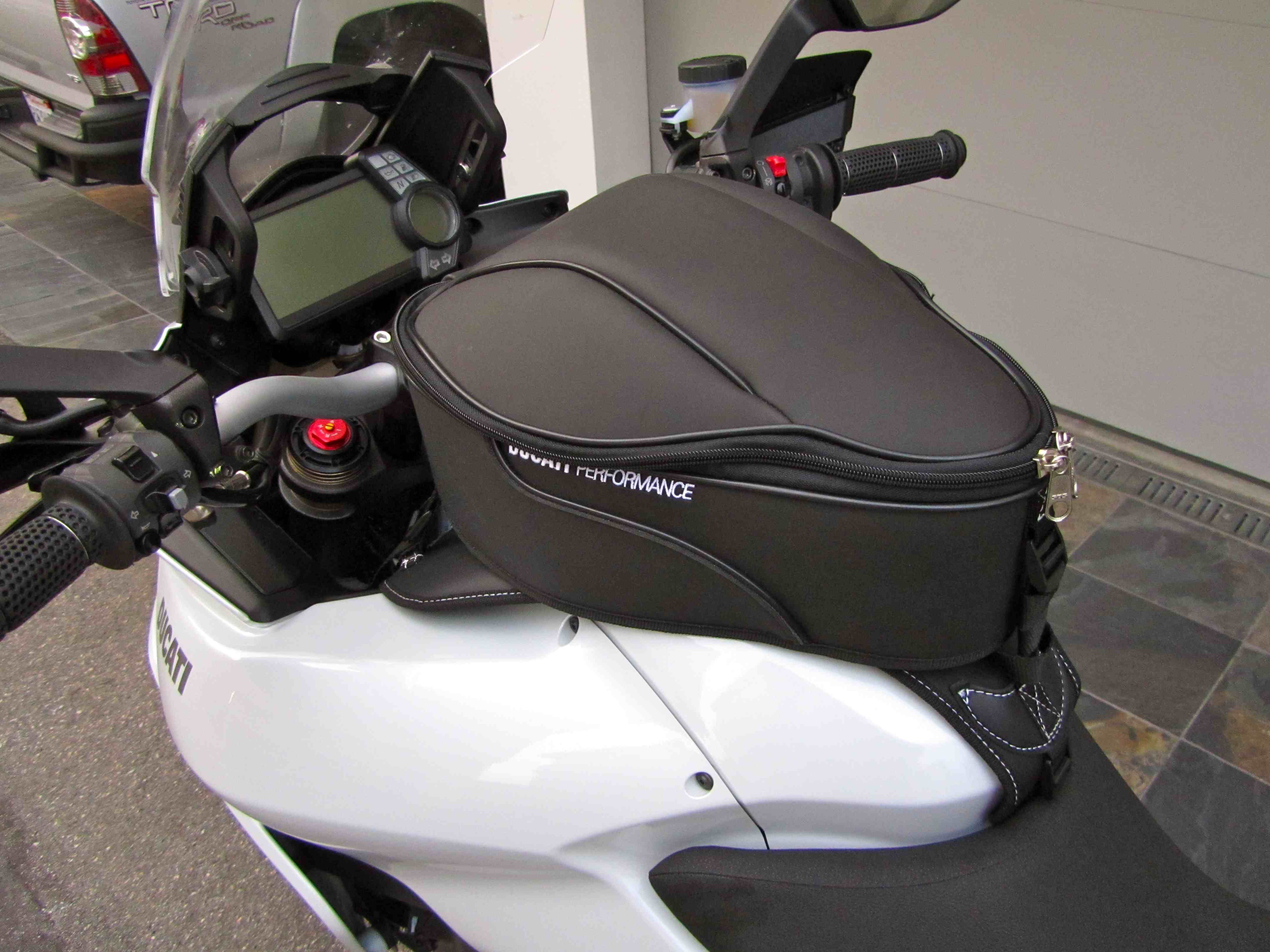 Tank Bags For The 1200s Page 9 Ducati Ms The