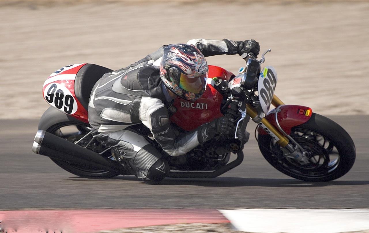 59086d1259639516-cutgrafix-ducati-sport-classic-rear-plate-decal-set-snort-1000-basic-racer.jpg