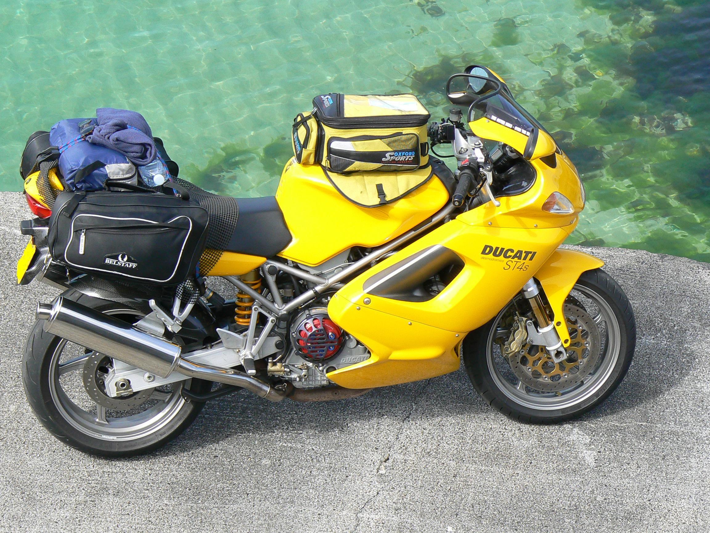 Yellow Ducati St4 999 Fuse Box Location With Bags Rh Signaturepedagogies Org Uk