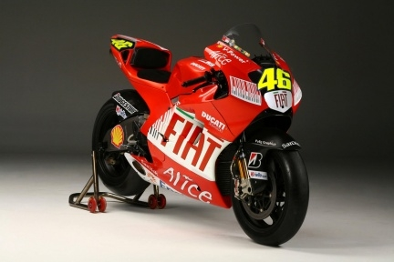 Valentino Rossi riding a Ducati MotoGP in 2010 - Page 2 - Ducati.ms - The Ultimate Ducati Forum