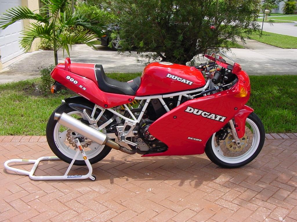 Ducati Paso  Parts