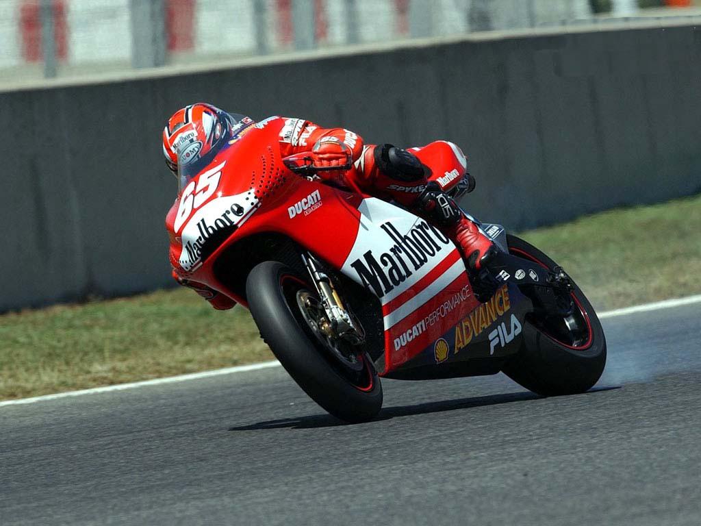 94185d1311272105-2003-moto-gp-wall-ducati-004-2.jpg