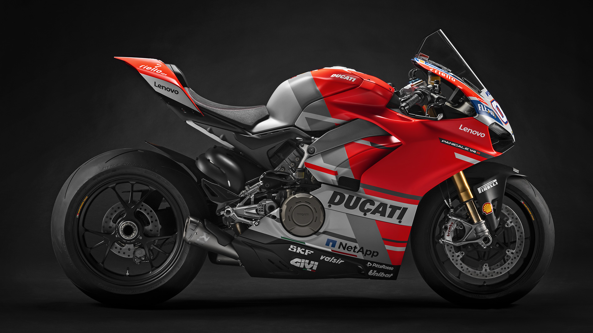 What Bike Are You Lusting For Today?-wdw18-gara-panigale-v4-01-gallery-1920x1080-4-_1565839770132.jpg