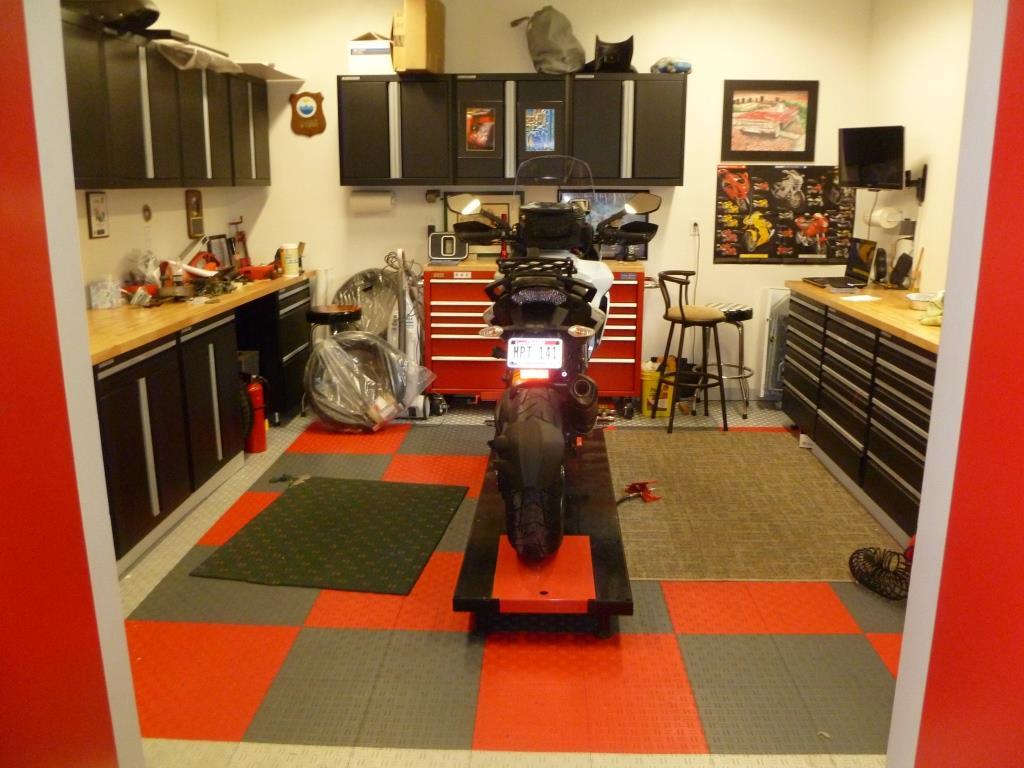 Small Desk Setup