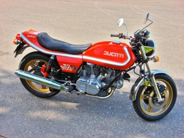 Showcase cover image for willyboy's 1978 Ducati Darmah 900SD