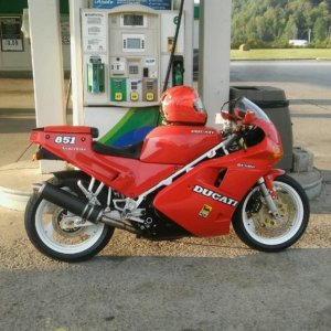 851 Ducati at Loyd in Greenup