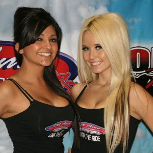 Del Amo Motorsports Girls Vanessa And Shannon